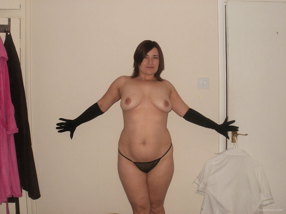 Amateur exhibitionist friend with spectacular body