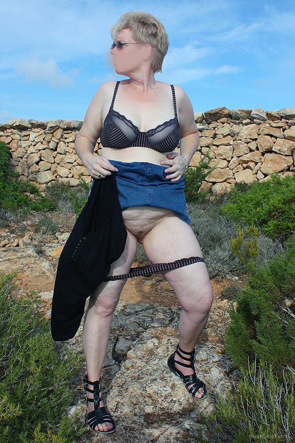 Marion outdoor, sie ist immer bereit was zu zeigen