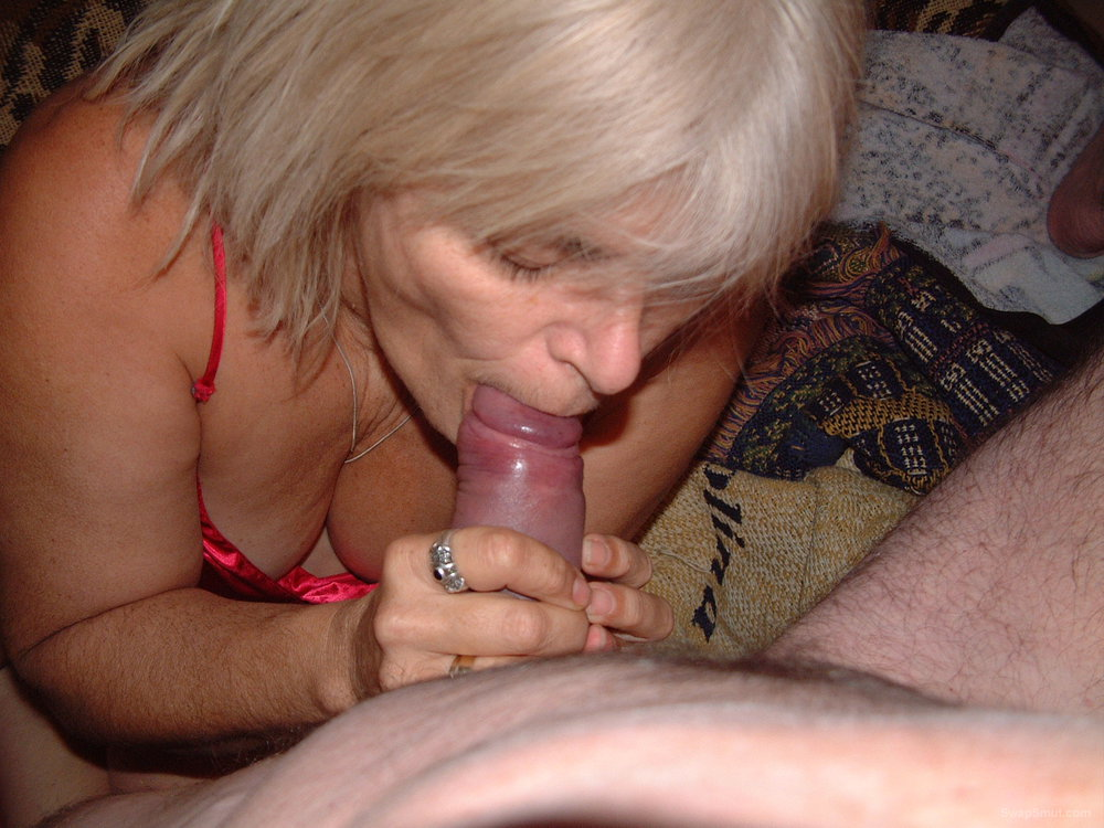 DARLA AND DAVE SIZZLING SENIORS MATURE BLOW JOB