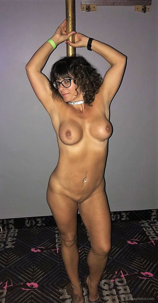Hot Couger MILF Shows off in the VIP room