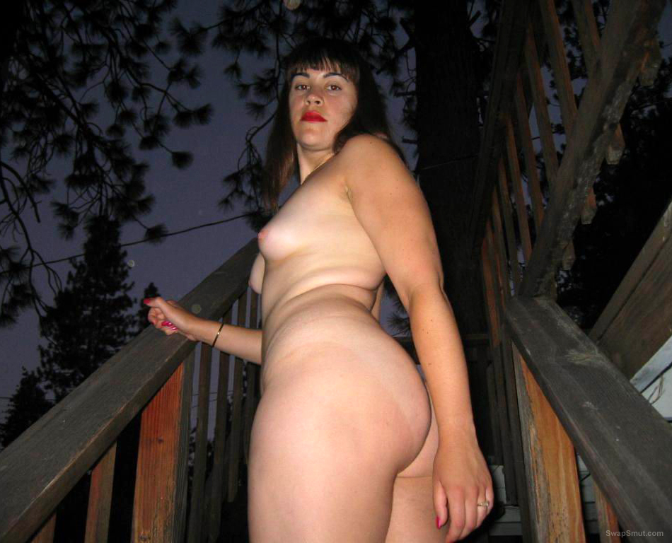 Naked Outdoors In the Park - In the Dark