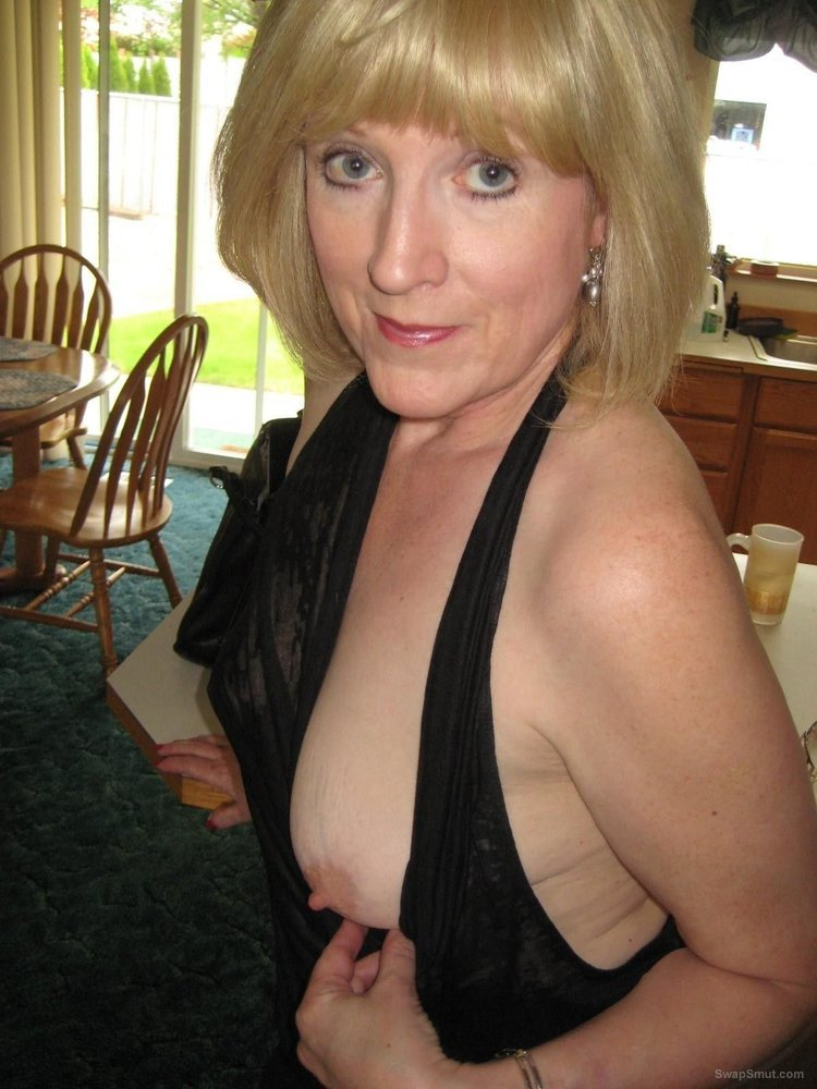 Mature swinger wife stranger sex orgy