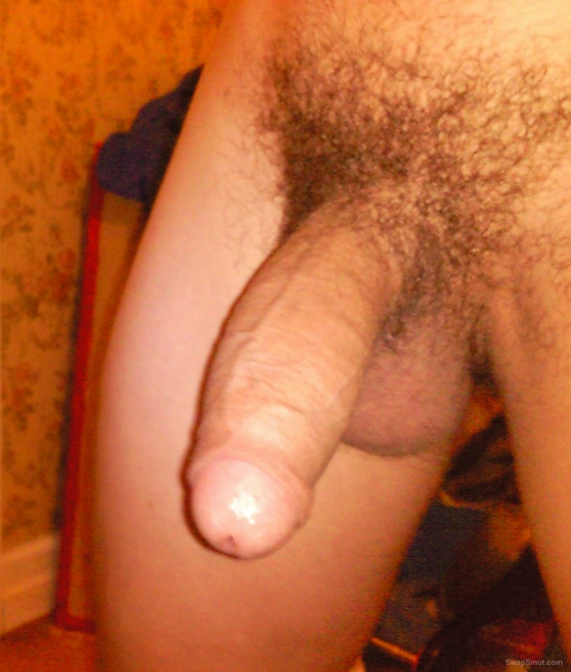 Aus cock will try anything in the bedroom