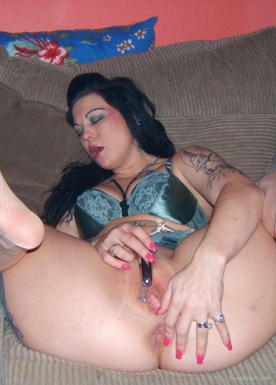 ANGEL masturbating while flailing her feet in the air