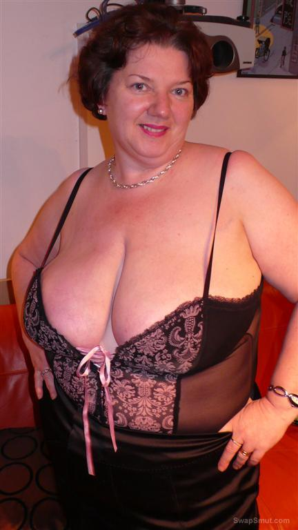 Chris44g Anne Summers Basque