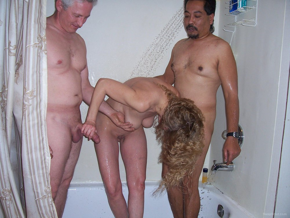 Amateur spanking party