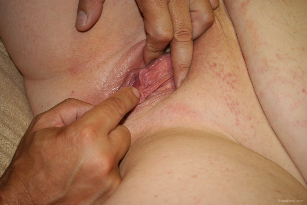 Some naughty play with a BBW lady friend, She loves to squirt