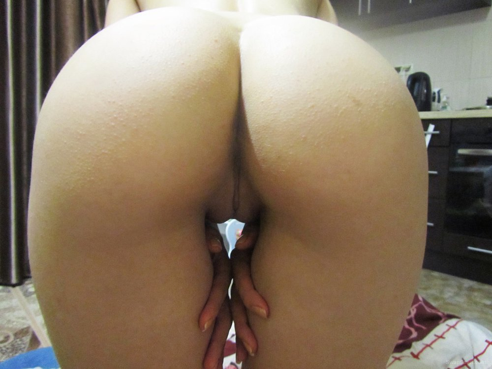My young wife's ass and pussy with new butt plug