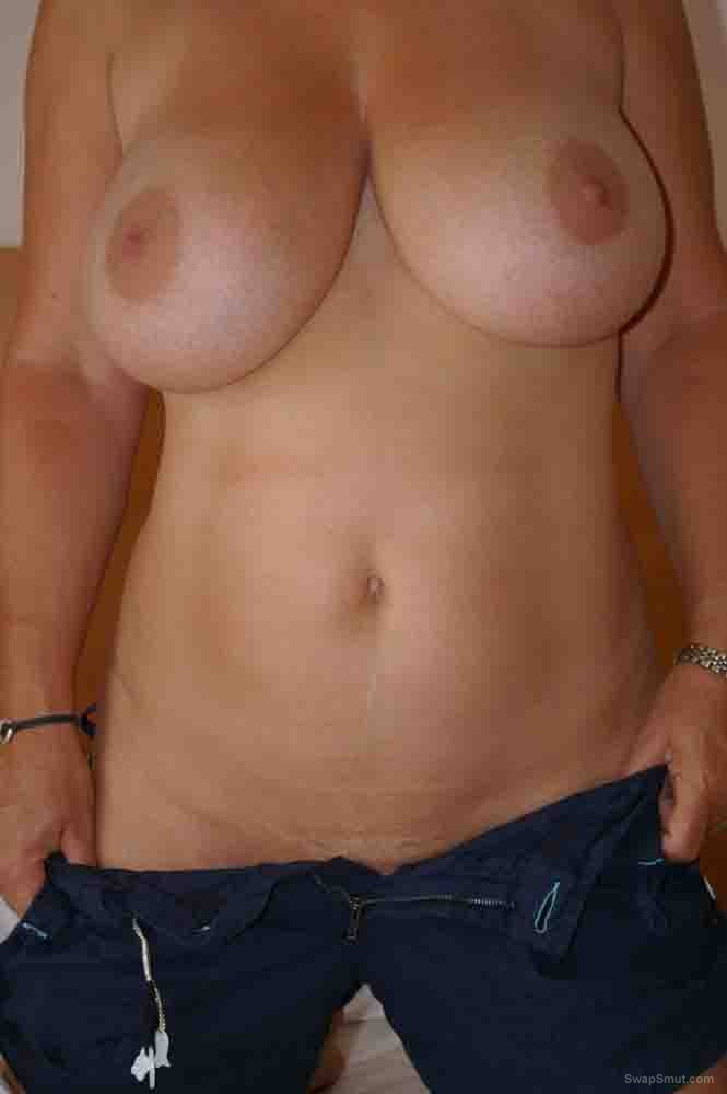 Big tits and wet pussy