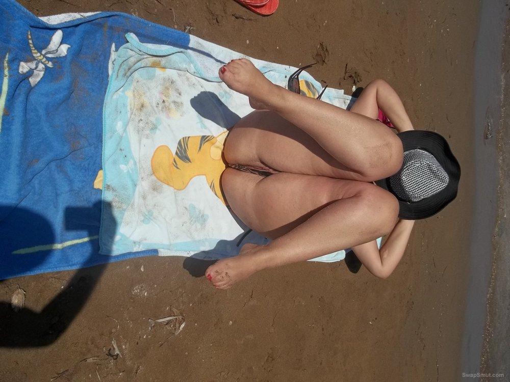 Wife sunbathing nude