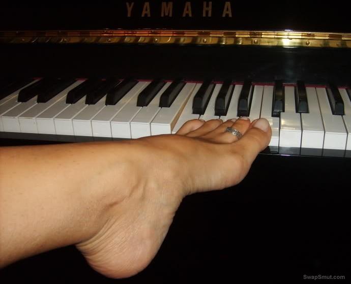 sexy feet of my girls