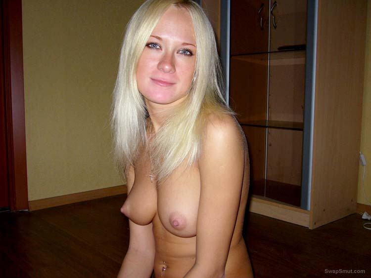 Hot blonde temptress