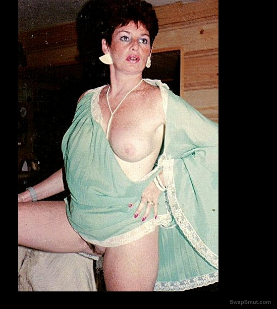 FranzS a real amateur of 40+ shows her assets for your pleasure
