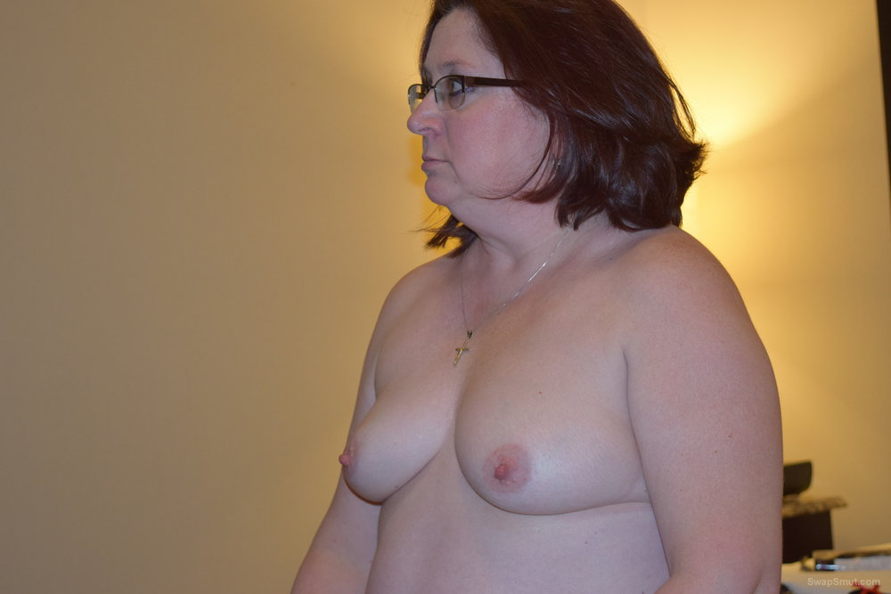 My slutty Milf posing for me to show you masturbating with sex toy
