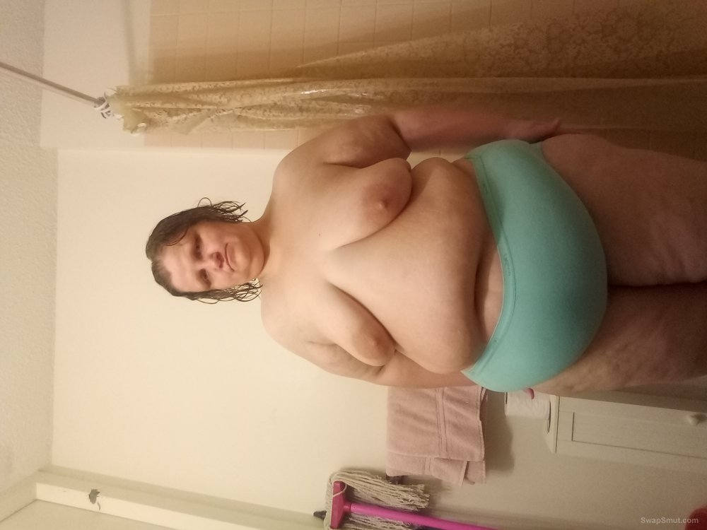 My Roomate Talked me into sharing more of my private Pics with Y'all