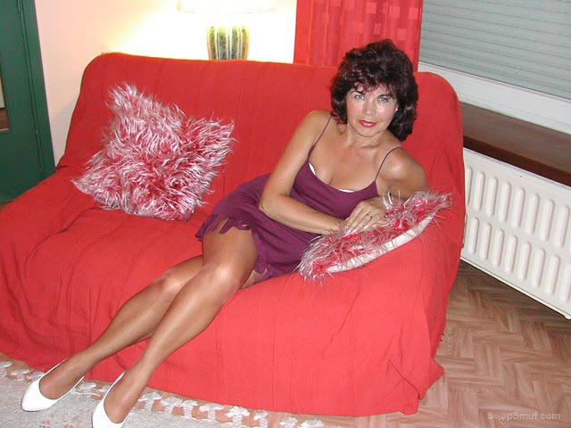 Mature in sheer nylons