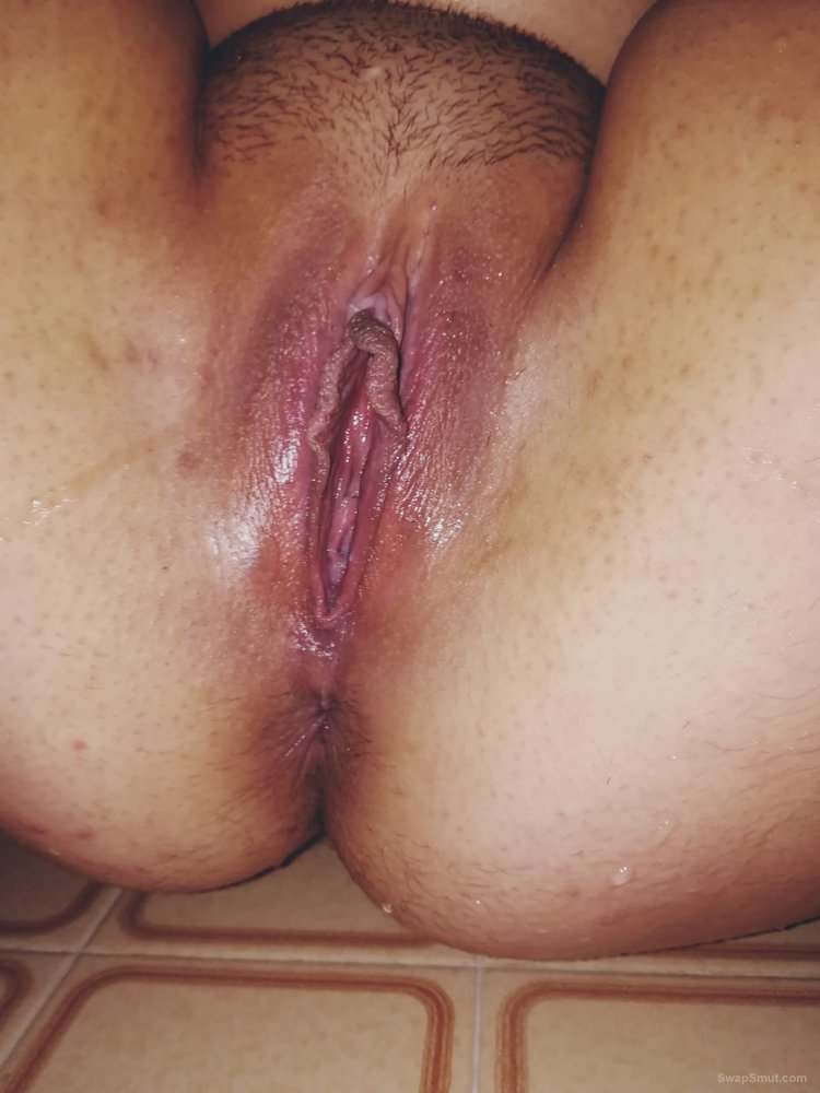 Pussy, tight, need some cock, come stretch me out