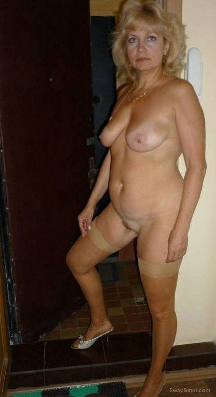 голая зрелая соседка фото