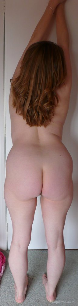 My wife Janet's big tits and arse showing off naked body