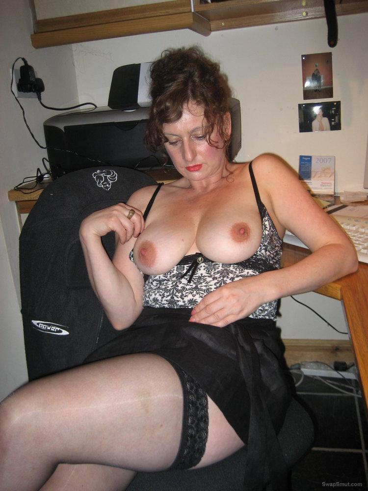 Hope you like these Great tits amateur slut homemade porn photos