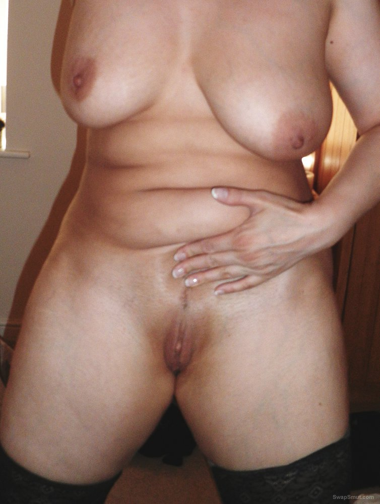 A wife's friend Maxine has ask me to post a second set of pictures of her