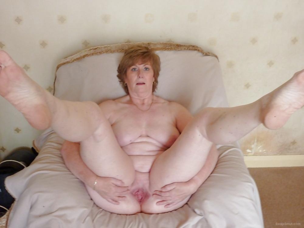 Sexy harem girls naked