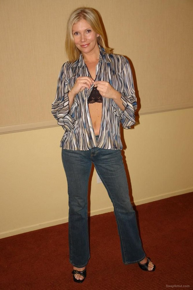 Busty blonde milf strip tease wearing heels