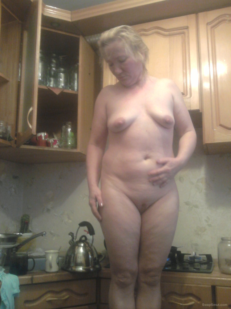 Naked amateur blonde mature woman ШЛюха жена проститутка и блядь