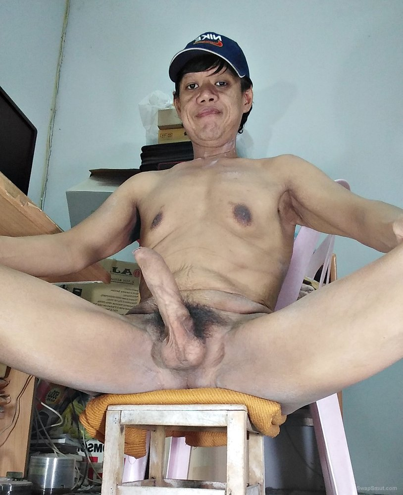 Thai man likes to show his hard cock