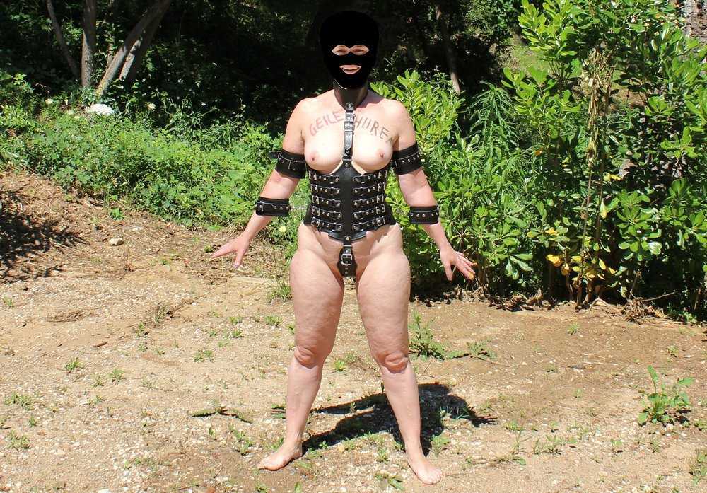 BDSM Sweetheart 1 in public shown to my friends