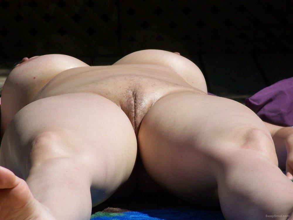 Rose Suntanning Nude