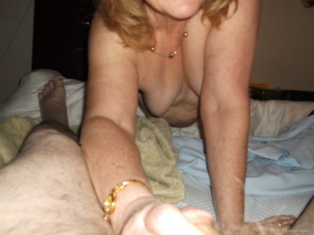Mature bbw loving mom next door explicit homemade amateur pictures