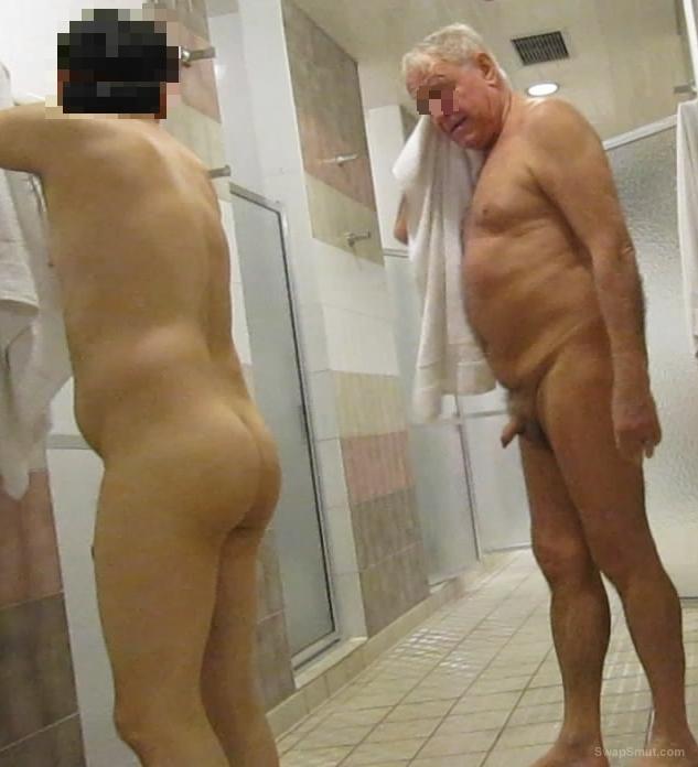 bathroom blowjob