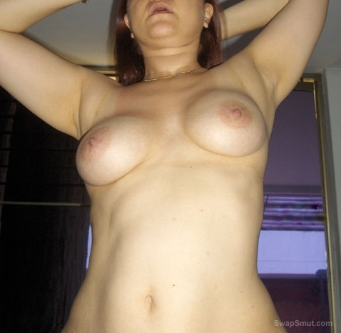 Old pics of my ex girlfriend at home, enjoy