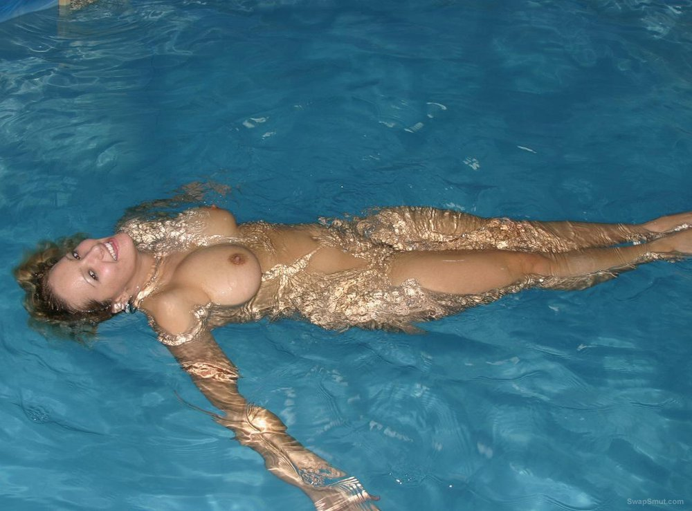 Swimming pool sex