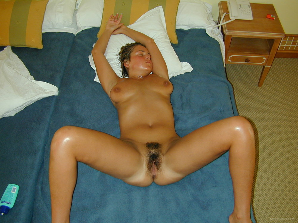 on Hairy bed spread pussy