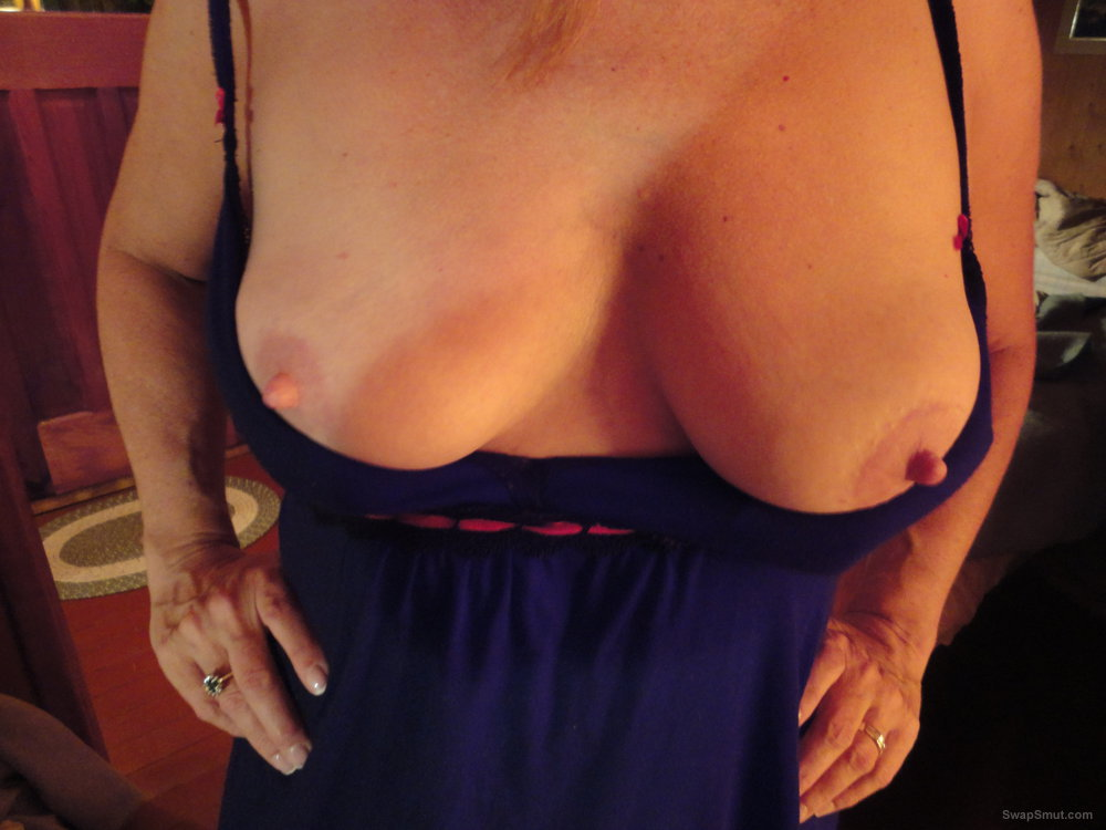Horny milf tits and nipples, how about a tribute shot, cover them with your cum