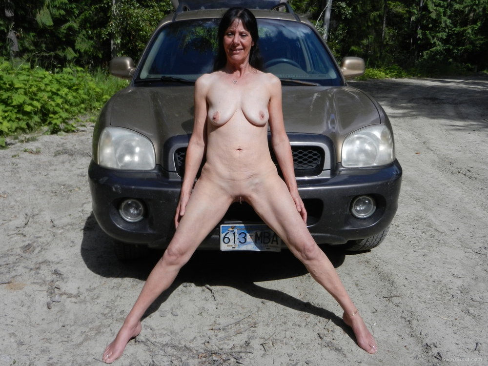 Hitchhiker Heather gets naked and fucked for a ride down road