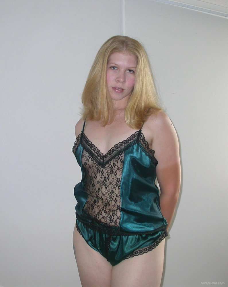 LISA a sexy MILF in green satin crotchless lingerie