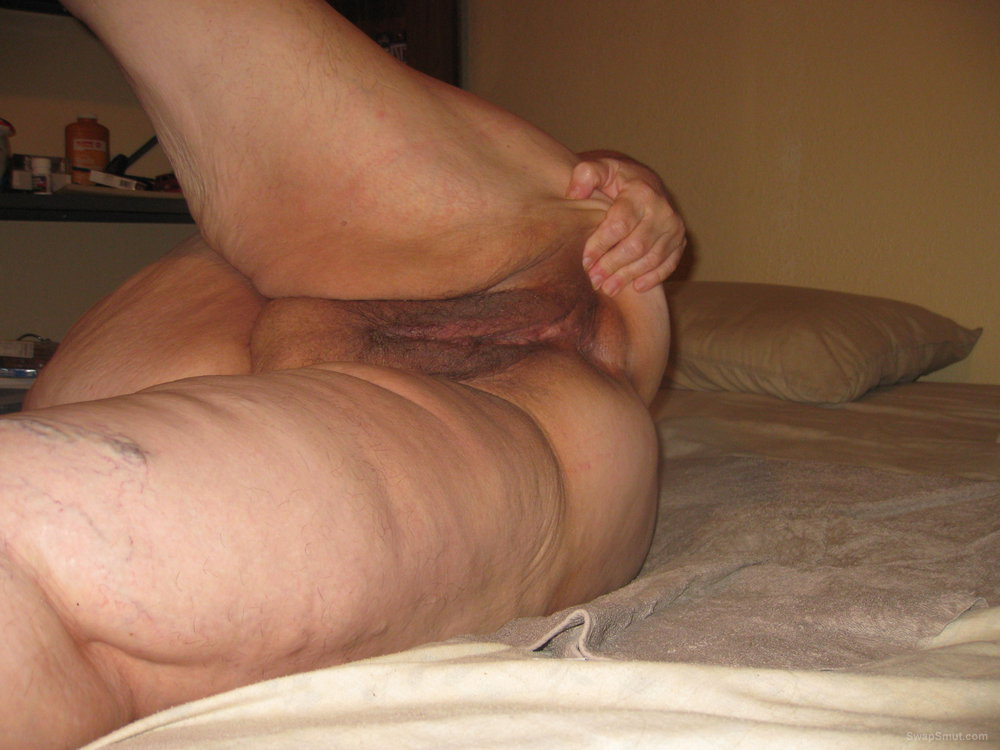 New nudes of me showing off having fun mature BBW naked pics