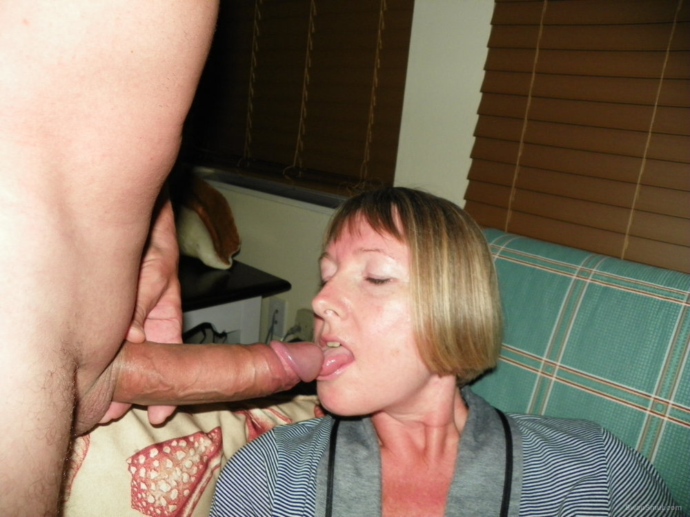 Sucking my husbands big cock until he gives me a nice warm facial