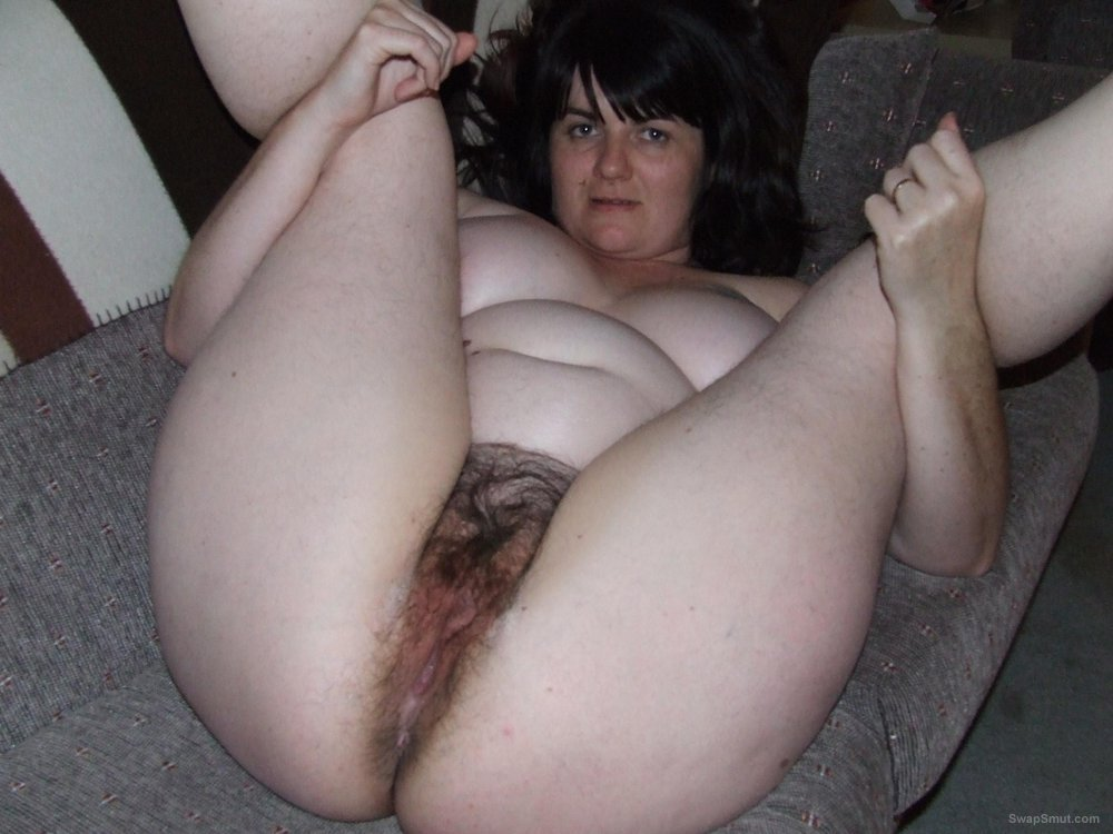 Amateur hairy bbw masturbation