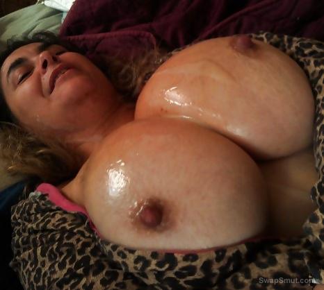 Im a Big Tits Mom I have 42 age