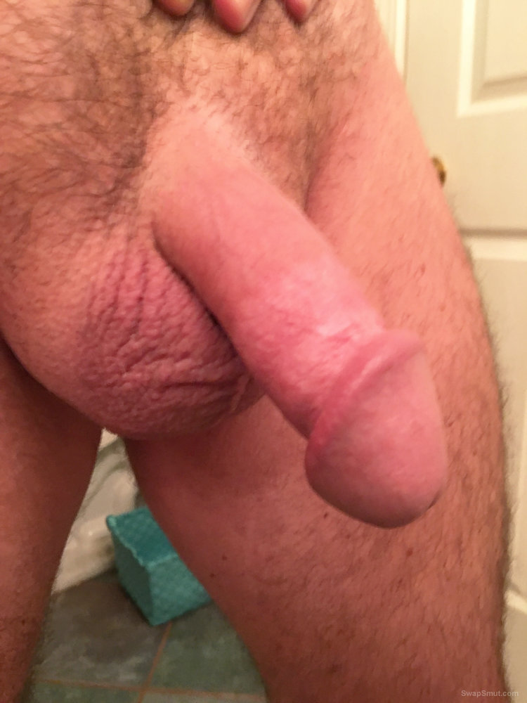 A few pics of me after a nice hot shower