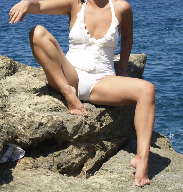 Slut cuck wife Betty holiday photos shot in public revealing nudity