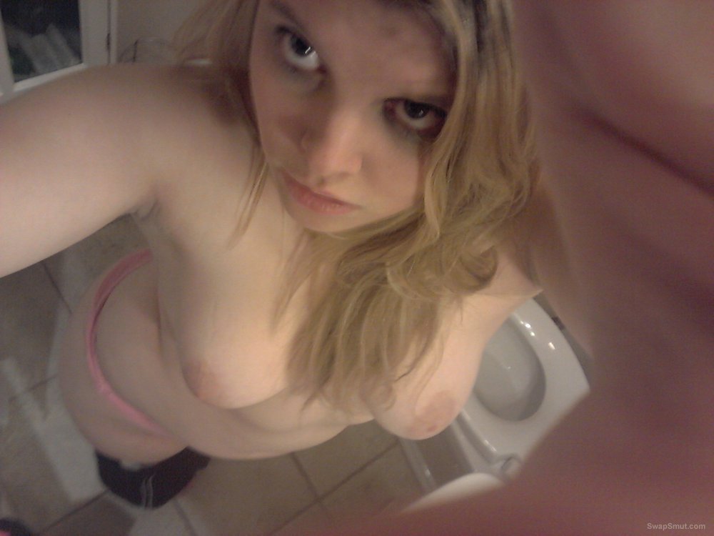 Caitie's self-shots in bathroom sexy girl showing off naked body