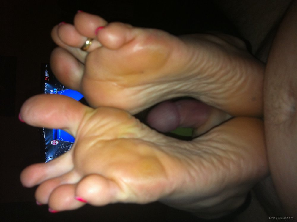 Just some of my friends sexy toes you know I love Fee and toe's