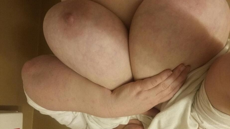 Redhead ginger bbw with wet pussy