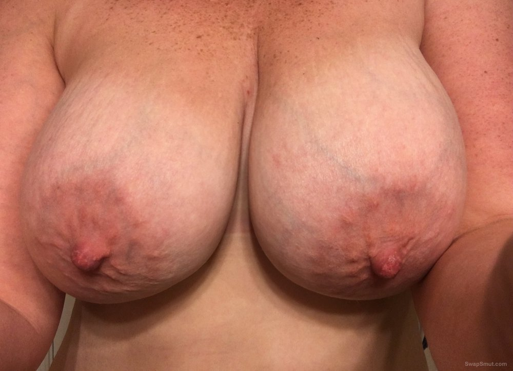 BBW wife loves to share with strangers