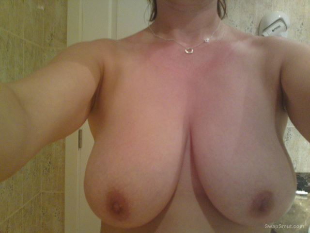 my wife large breasts and closeup milf pussy